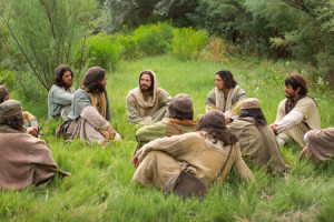 Jesús y discípulos enseñando